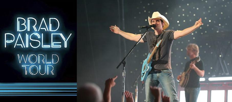 Brad Paisley at Walnut Creek Amphitheatre Circus Grounds